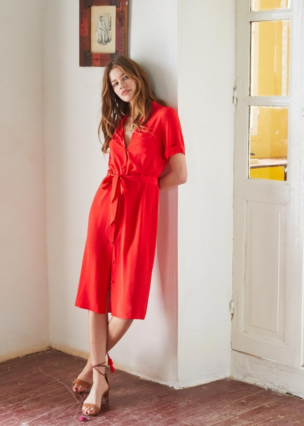 http://www.sezane.com/fr/product/collection-printemps/robe-lexia?cou_Id=747